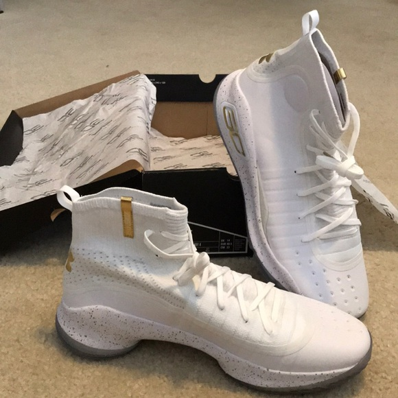 online store e6781 172ad Under Armour Curry 4s - NWT NWT